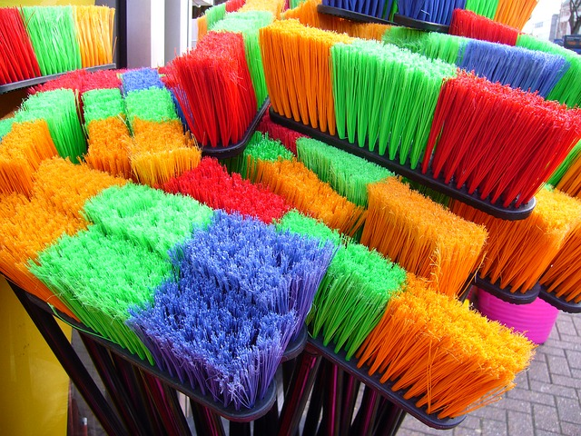 broom photo